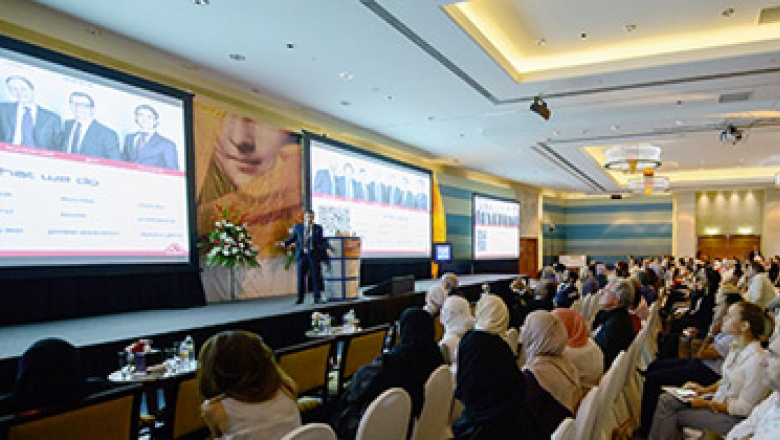 Dental event featuring experts from all over the world